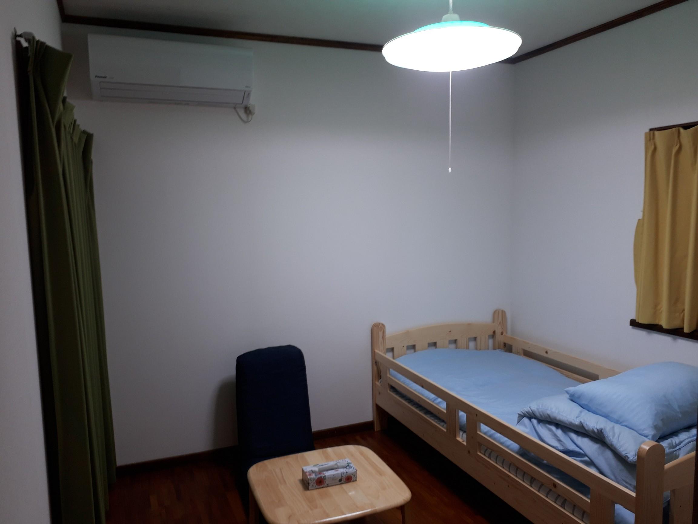 2F洋室4.5畳2